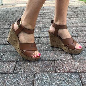 Tahari wedge sandals
